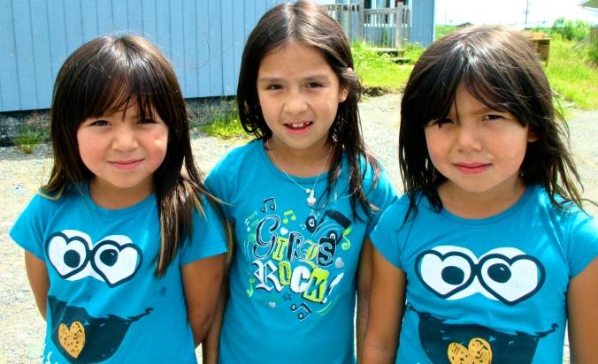 Trois petites filles à Waswanipi